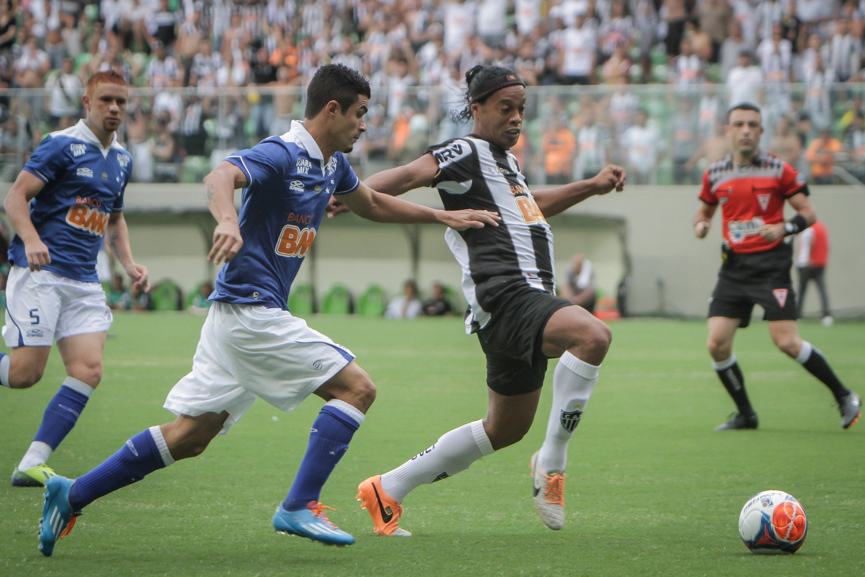 7499192c77 Cruzeiro e Atlético decidem o campeonato em meio a Libertadores. FOTO   Bruno Cantini