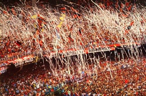 Festa da torcida do Flamengo no Maracanã.